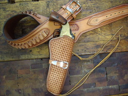 Deluxe single holster rig
