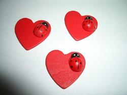 HEARTS WITH LADYBIRD