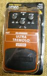 Behringer Ultra Tremolo pedal