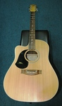 Maton EM325C