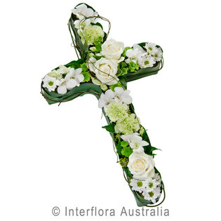 Flower Delivery Perth on Spray   Flowers   Sympathy   Perth City Florist   Free Flower Delivery