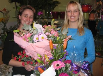 Perth Florist Is A Trusted Local Florist That Guarantees Their Work Perth Florist Perth Online Florist Flower Delivery In Perth