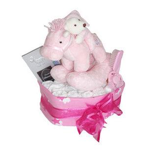 Pinky nappy cake