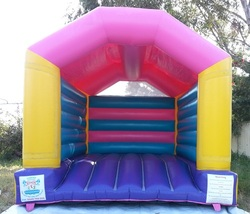 Jumping Castle - Pink